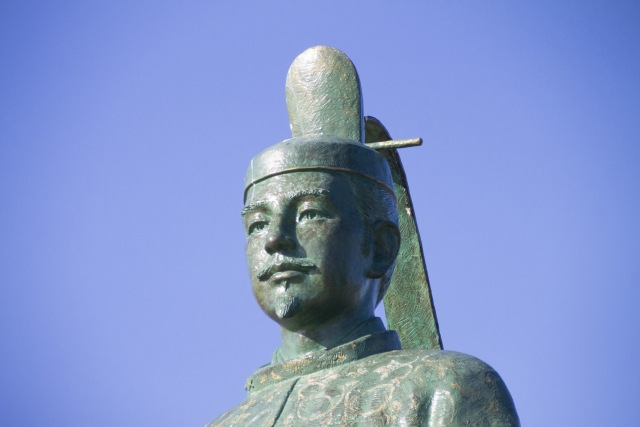 藤原俊成の銅像
